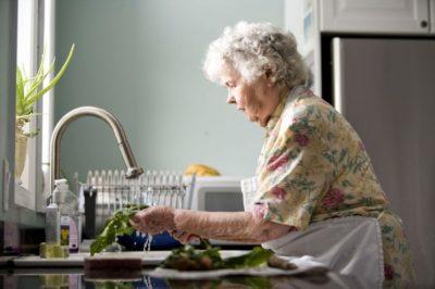 senior doit utiliser le telealarme