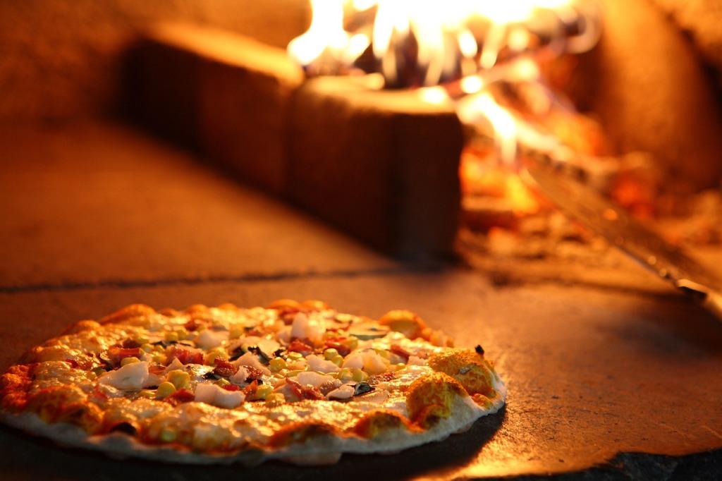 Choisir four à pizza