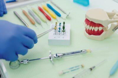 implant dentaire en Europe
